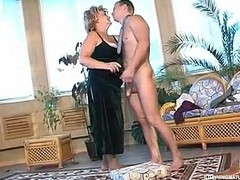 Crummy mother i`d like to fuck ready to reward desirous guy for mind-blowing fucking on the floor