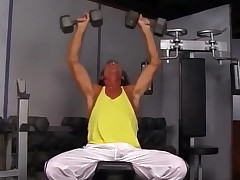 Seksik in the gym