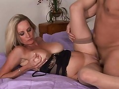 Mature desires to fuck and to get some ball cream