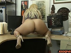 Large butt and big tits babe railed by nasty pawn dude
