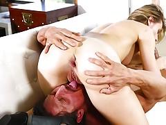 Tommy Gunn slides his cock into hot ass Jillian Janson