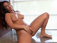 Breasty Eva Lovia own a really beautiful body. The camera captures her as she is making some sexy moves with her hand over her nipples and also her hairless pussy.