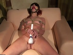 Redhead Angelina Blue has some time to get some pleasure with men meat stick in her mouth