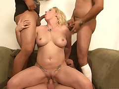 Ultra sexy goddess Heidi Mayne has great sexual experience and expands it with hard cocked fuck buddy