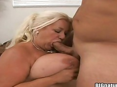 Blonde Linda with bubbly bottom and smooth pussy puts her luscious lips on erect ram rod