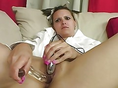 Randy babe dildo fucks her warm pussy