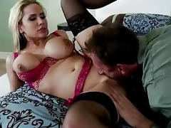 Alanah Rae Spreads Her Legs For...