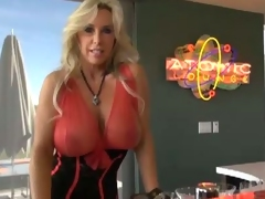 Busty Wifey boffed by the lucky bartender